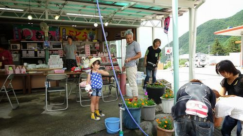山梨桃狩りお取り寄せ富士山周辺農園お盆過ぎから8月末